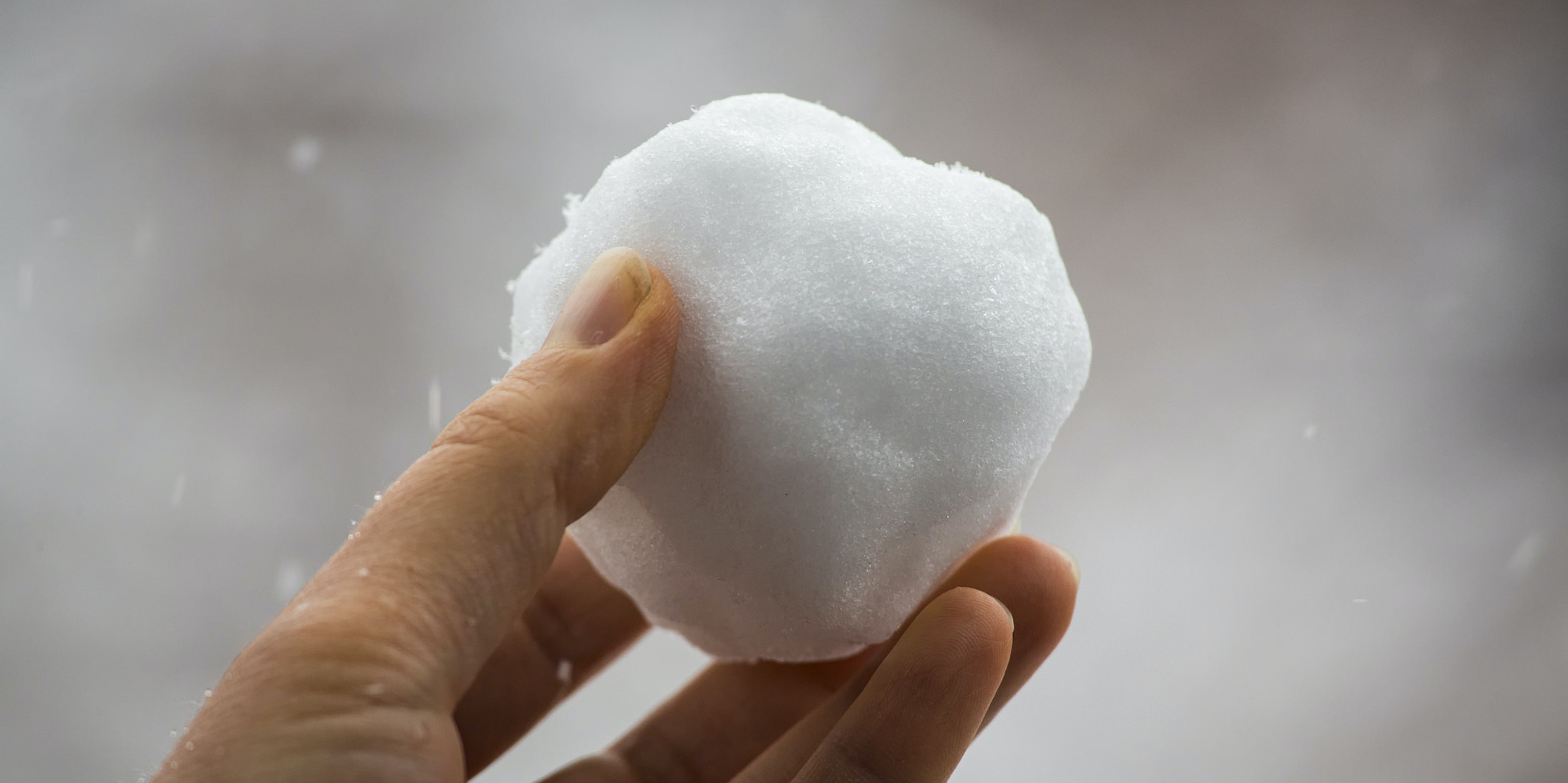 How to Make a Perfect Snowball, According to Physics