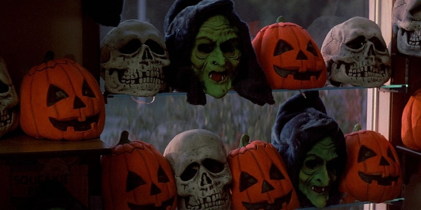 how 'halloween iii: season of the witch' invented the shared