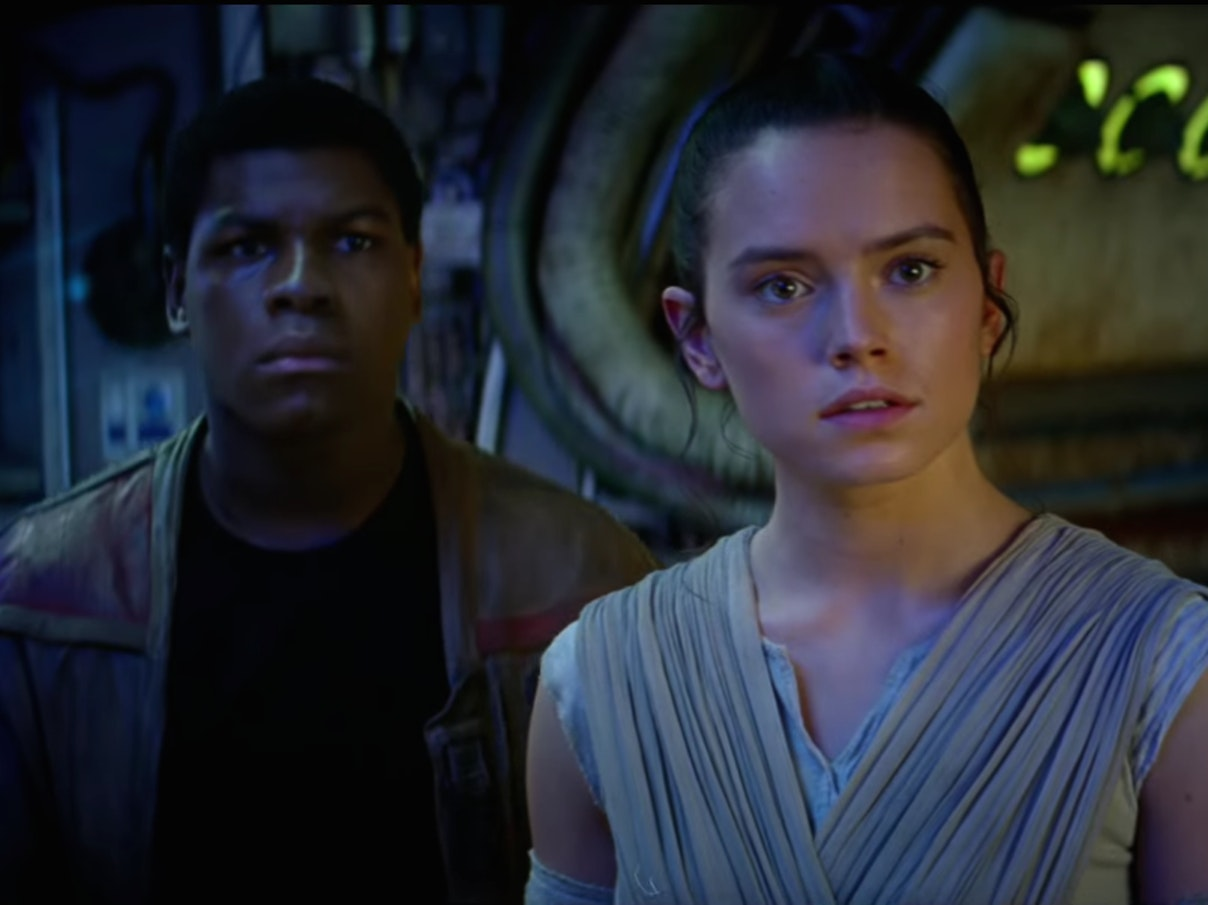 Here's a Shot-By-Shot Breakdown of the 'Star Wars: The Force Awakens' Trailer