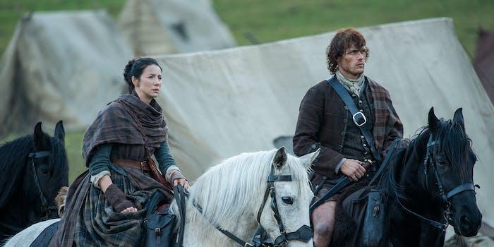 Caitriona Balfe and Sam Heughan in 'Outlander'