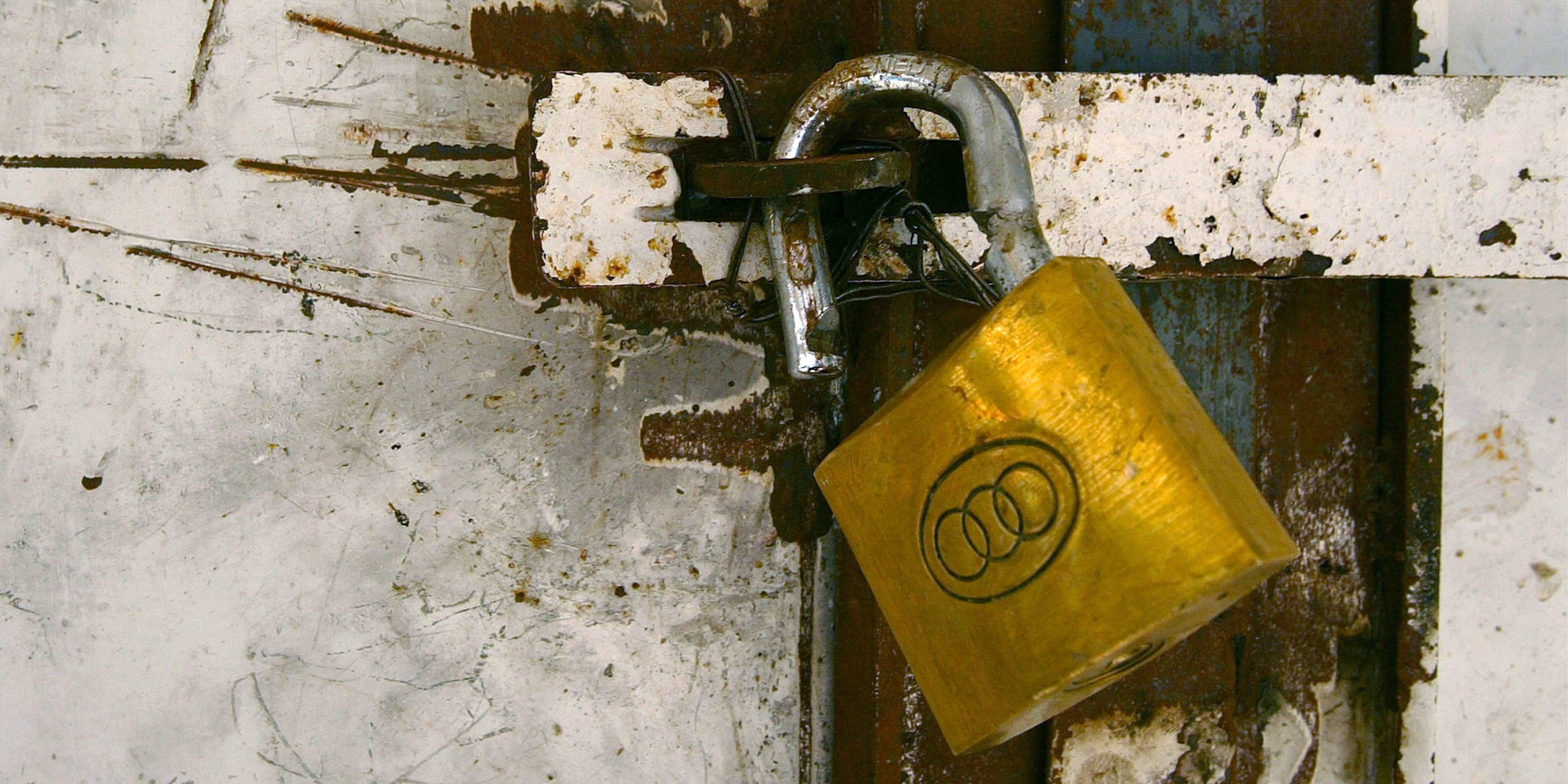 NABLUS, WEST BANK - FEBRUARY 20:  A broken lock holds a metal door shut after Israeli soldiers conducted house-to-house searches in the area for wanted militants February 20, 2003 in the Casbah of the West Bank town of Nablus. The Israeli Defense Force (IDF) has arrested approximately 40 Palestinians over the last 24 hours in operations in the ancient market area.  (Photo by David Silverman/Getty Images)