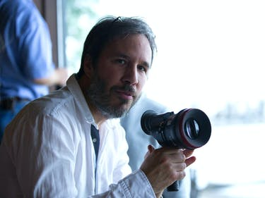 Denis Villeneuve's 'Arrival' primes him for 'Blade Runner 2049'.