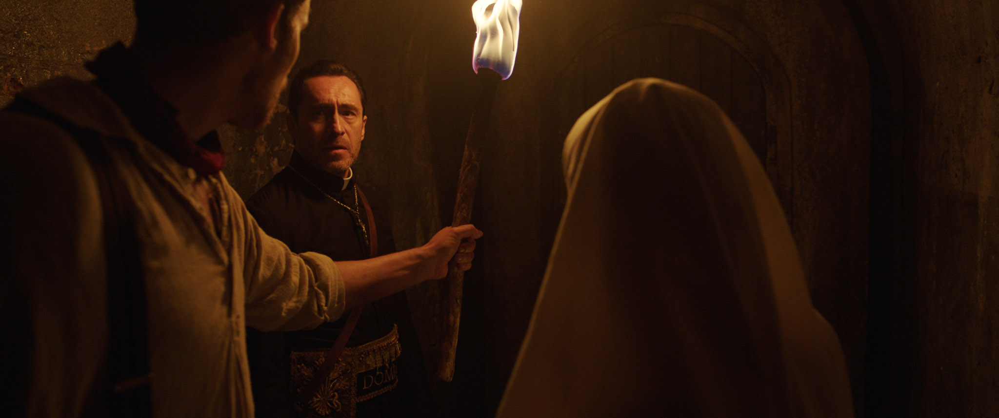 The Nun Trailer Goes Full On Buried In Claustrophobic New Teaser