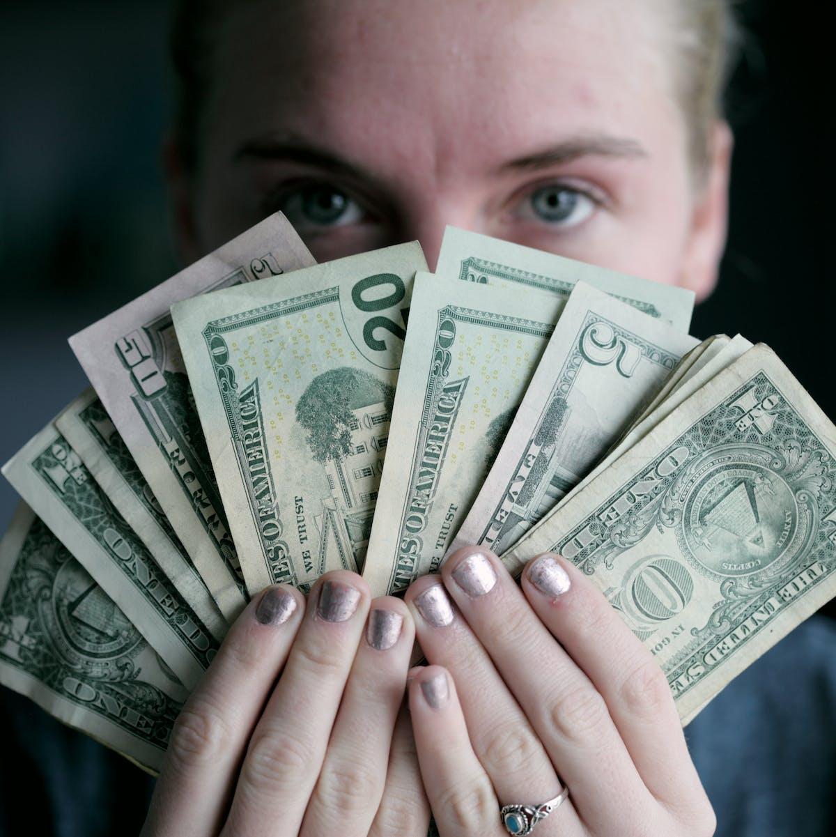 A Money Behaviorist Explains Why UBI Can Positively Support Mental Health