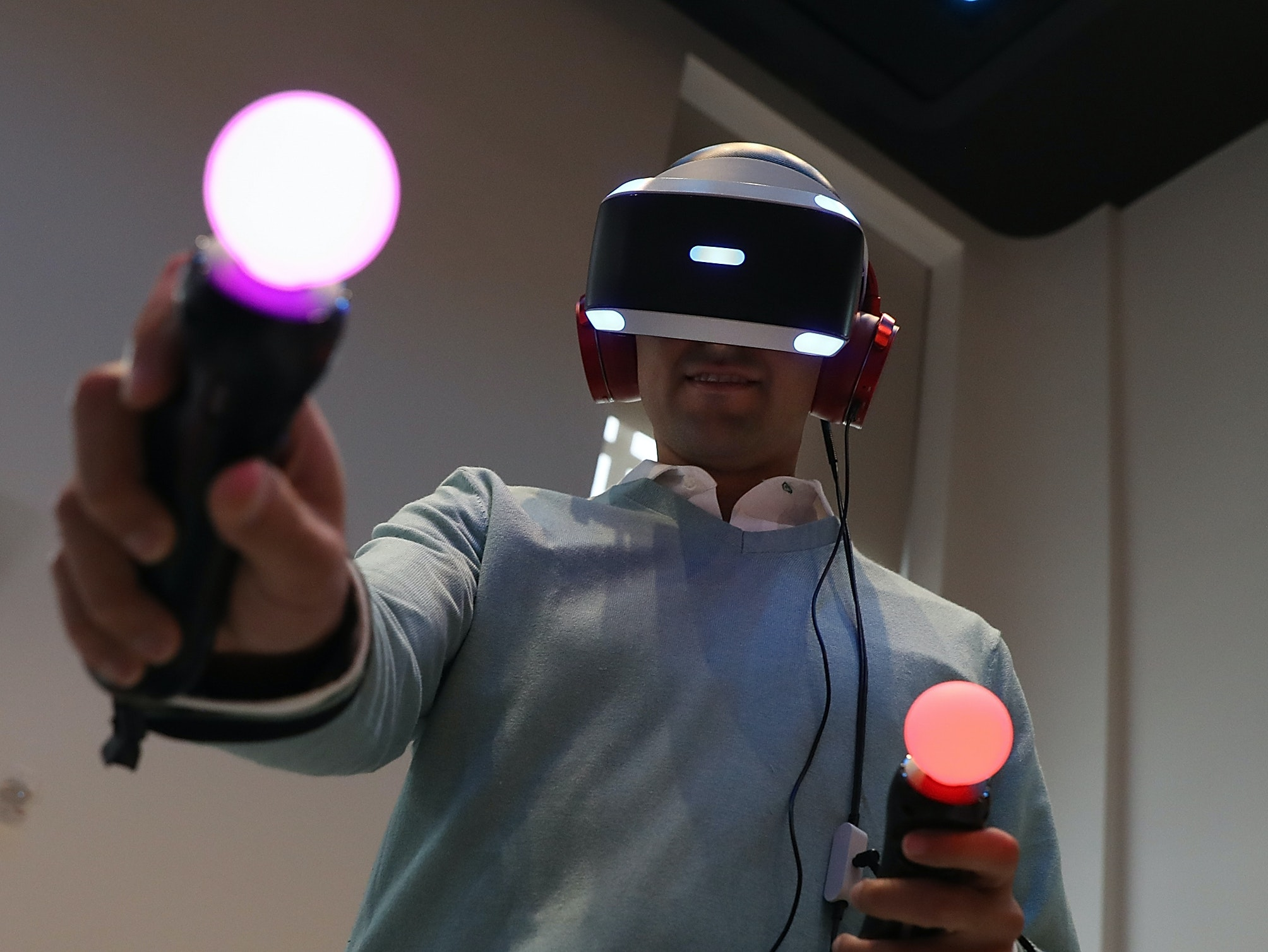 MIT Develops a System for Wireless, Immersive VR
