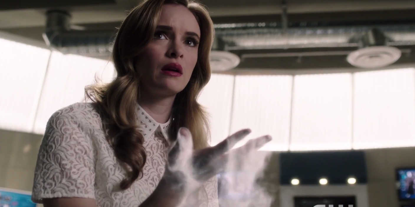 https://fsmedia.imgix.net/d0/f0/04/f5/99ed/470c/a23c/9d8e5352322f/danielle-panabaker-in-the-flash-season-3-paradox.png?rect=9,12,1407,703&dpr=2&auto=format,compress,enhance&q=75