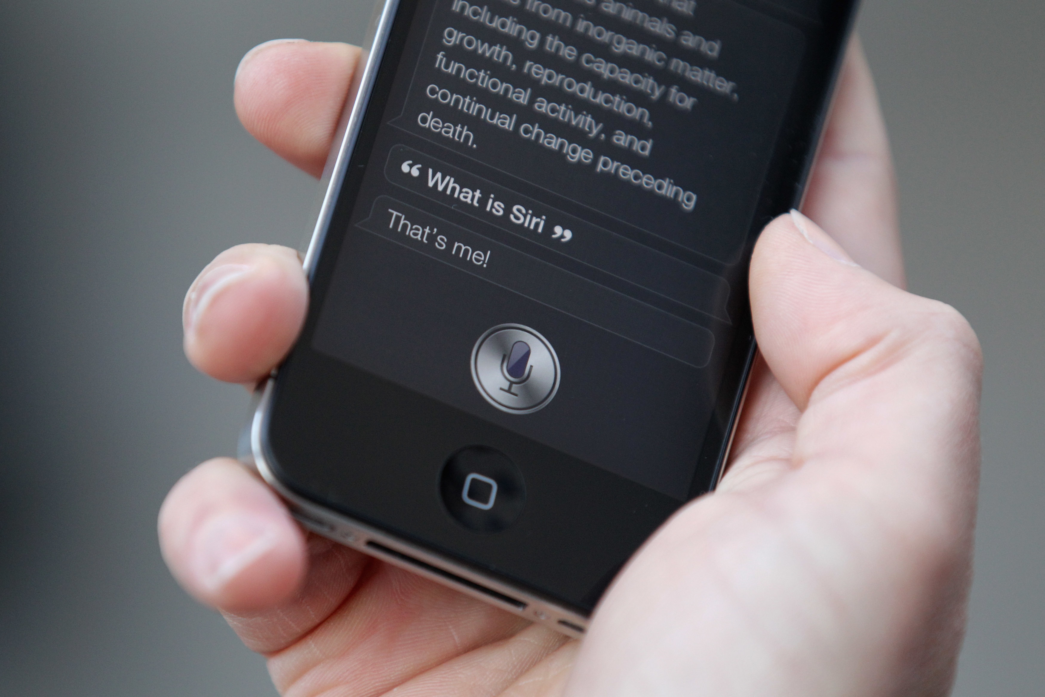 Siri in action on the iPhone 4S.