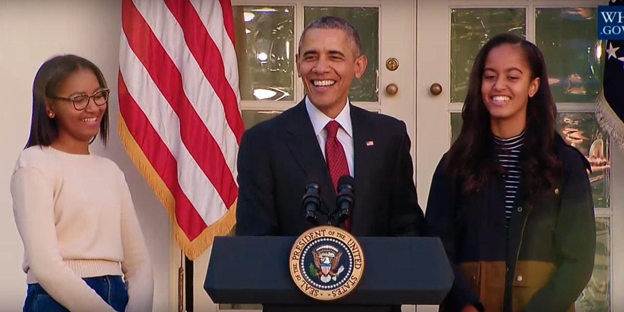 Full Length Porn 3gp Sasha And Malia Obama Smile As Dad Talks Turkey