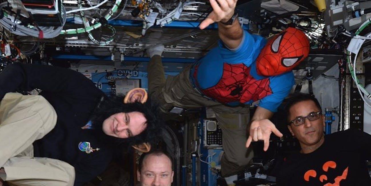 Astronauts Social Media Instagram Artifacts ISS