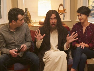9 Awesome TV Shows You Can Binge-Watch in One Day