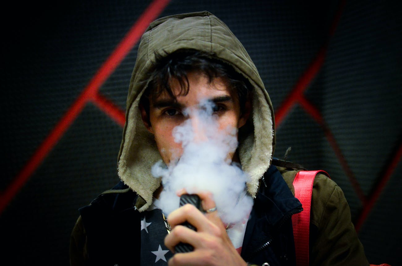Vaping's Sticky Link to Mucus and Phlegm Revealed in E