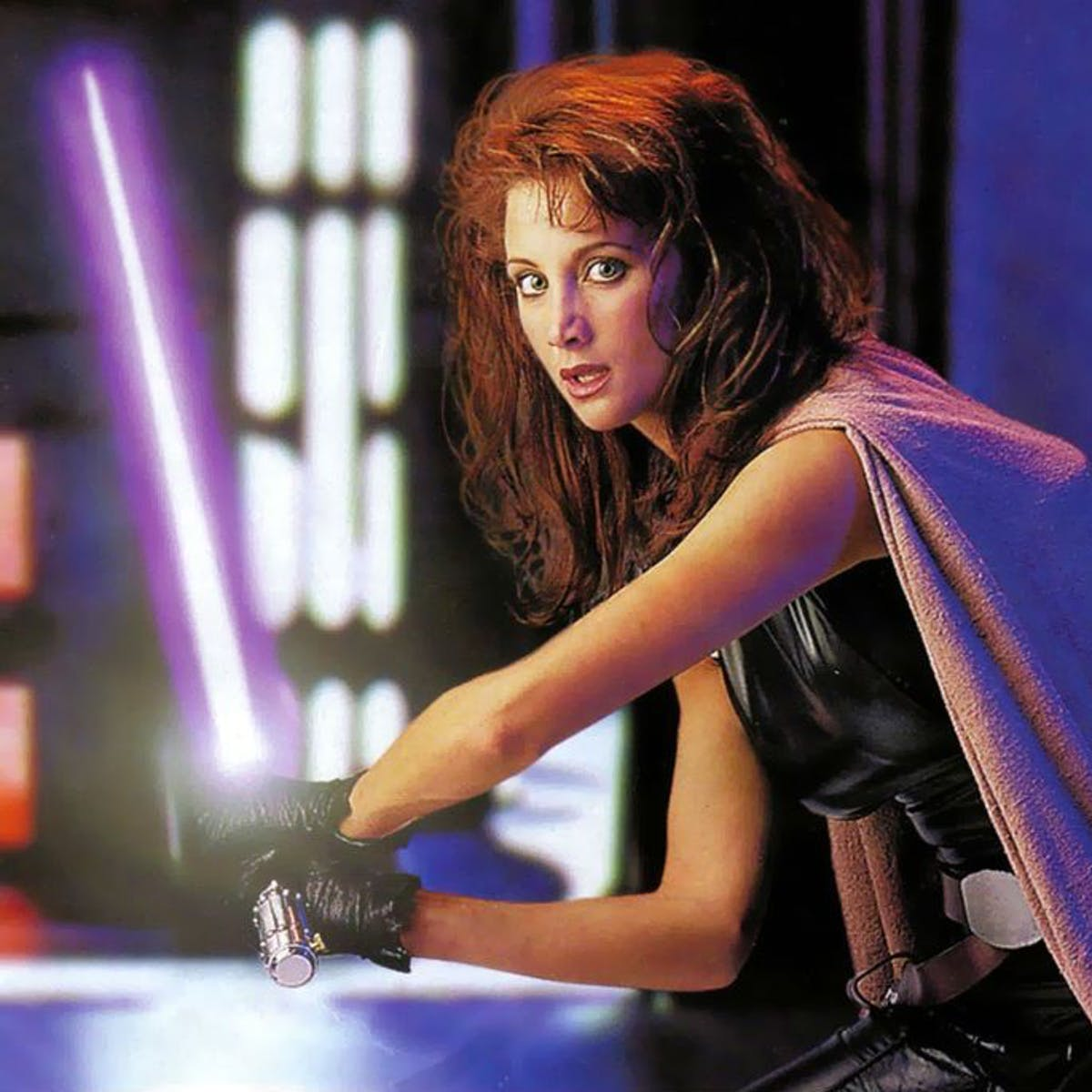 'Rise of Skywalker' Theory: Mara Jade in 'Mandalorian' Sets Up Palps Return