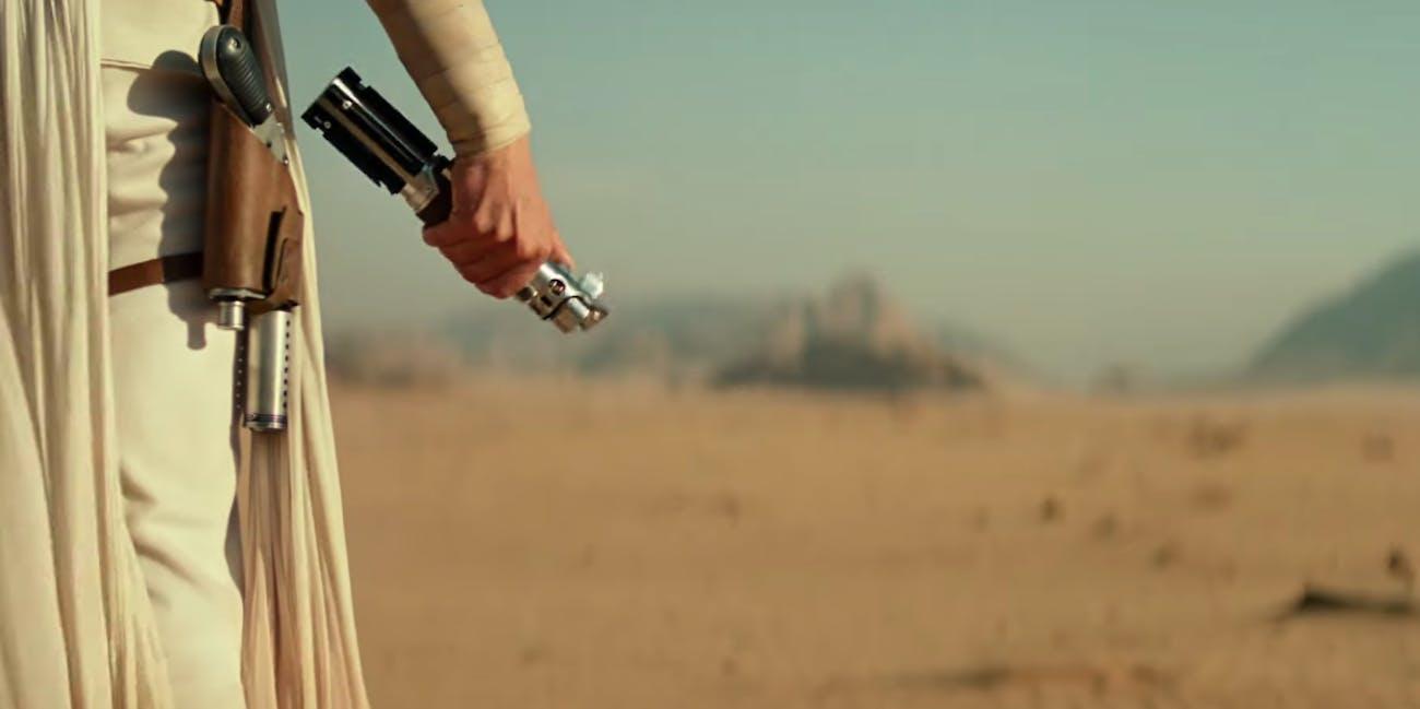 Star Wars 9 Rise of Skywalker Lightsaber