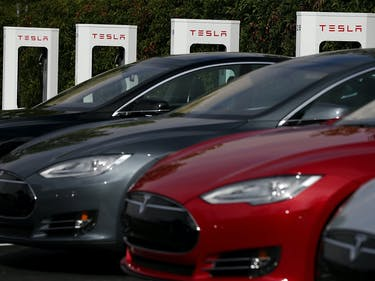 Tesla's Record Breaking Delivery Rate is Great for the Model 3