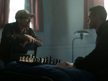 A Chess Match Determines the Future of 'Mr. Robot'