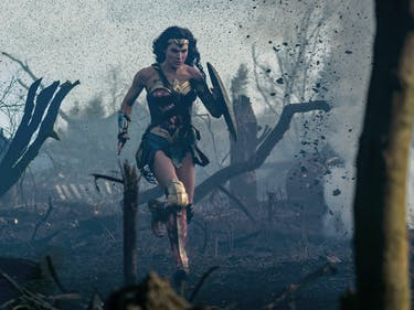 Great Hera! DC Nails 'Wonder Woman,' Early Viewers Say