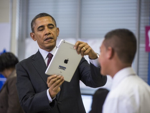 """Obama Promotes """"Made-in-America"""" on Facebook by Sharing Favorite Inventions, Creators"""