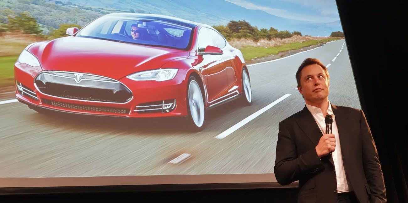 Elon Musk Taking Questions