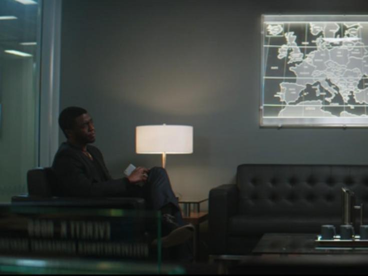 Black Panter v Black Widow in Captain America: Civil War