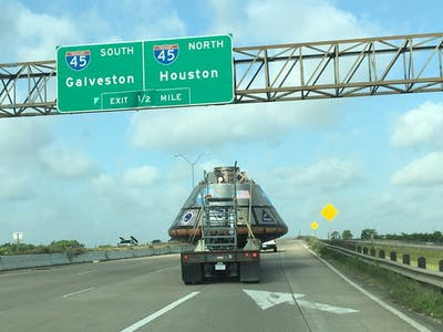 'Spot Orion' Photos Take Off as Spacecraft Barrels Down Texas Interstate