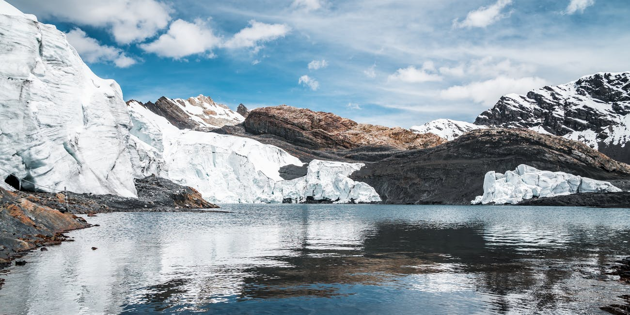 The mineral composition of glacial meltwaters make them excellent absorbers of carbon dioxide, but they probably won't balance out climate change.