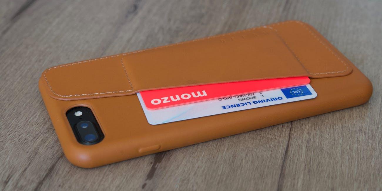 Mujjo wallet case.
