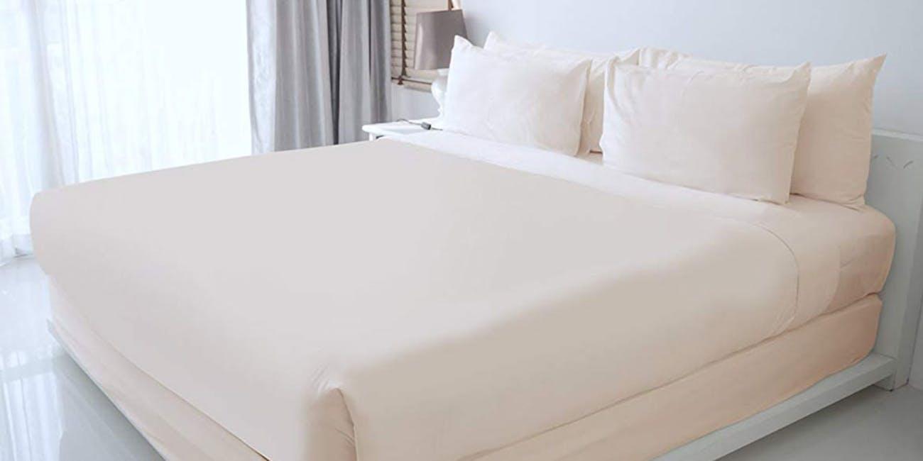 100% Egyptian Cotton Sheet Set (Ivory)