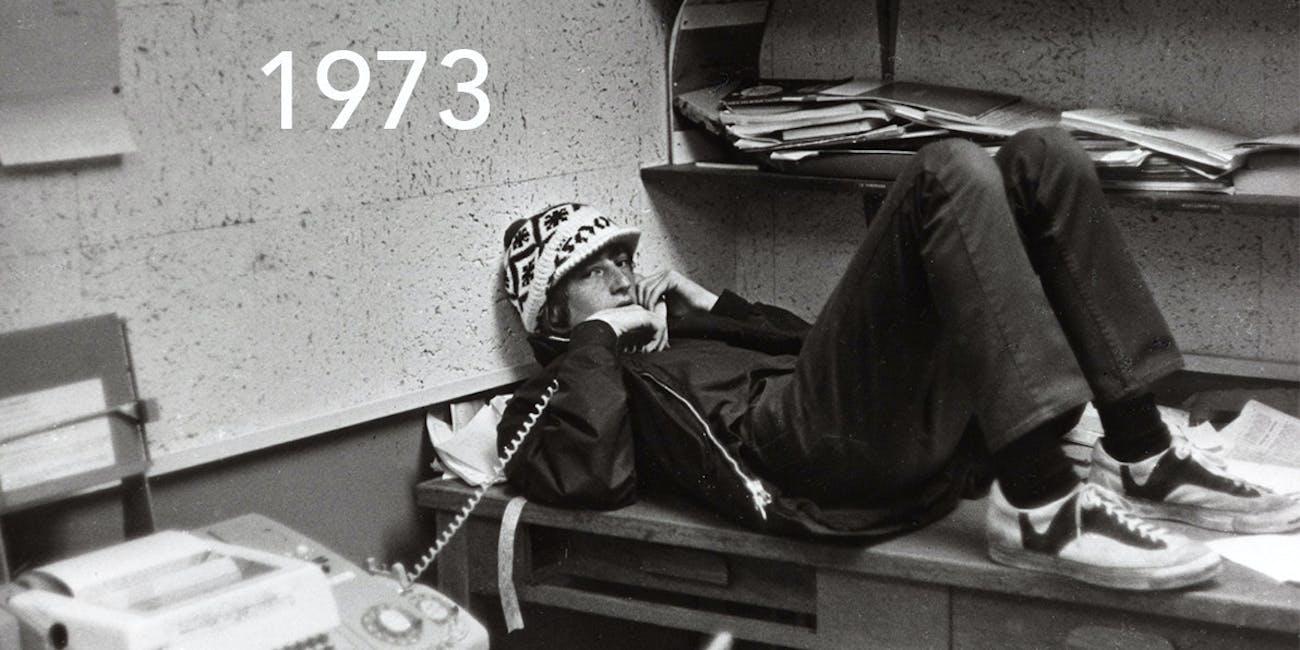 Bill Gates Recreates 1973 Photo of Himself Brilliantly for Reddit