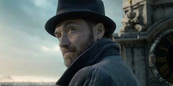 Young Albus Dumbledore is already stealing the show in 'Fantastic Beasts: The Crimes of Grindelwald'.