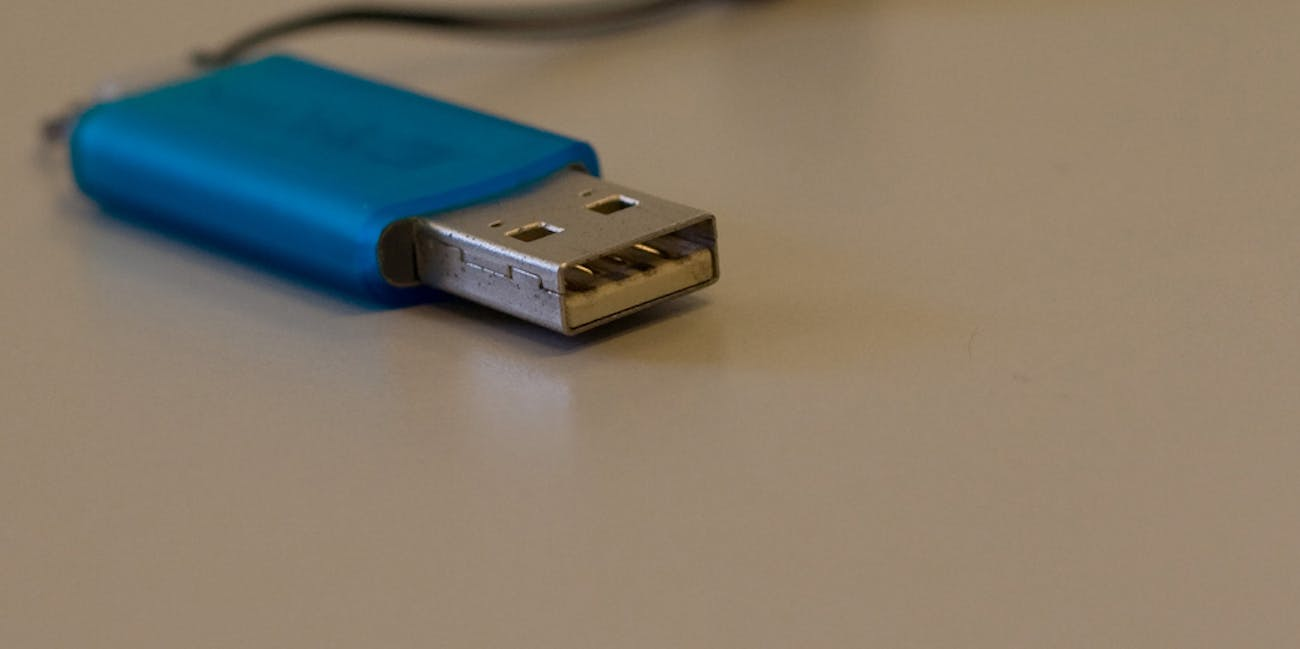 People Hang Onto Usb Flash Drives Forever Because Losing Data Is Flasdisk Fear But Misunderstand The Myriad Consequences Of Discarding Old Tech