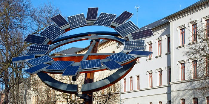 Solar Cells Alternative Energy German SEO Rules 2030 Paris Climate Accord Agreement Carbon Sustainability