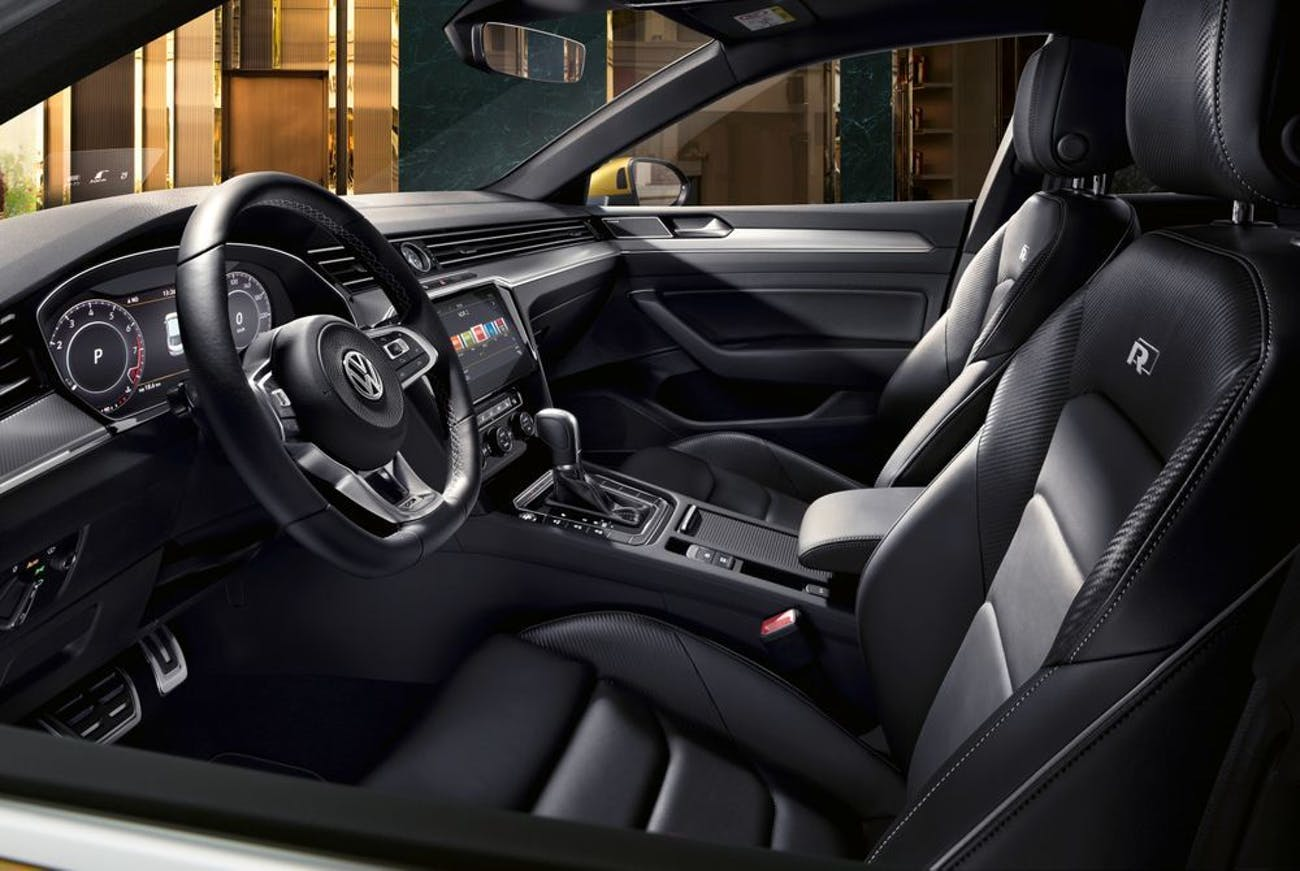 The interior of the Volkswagen Arteon, which is super nice and fancy according to everyone on YouTube.
