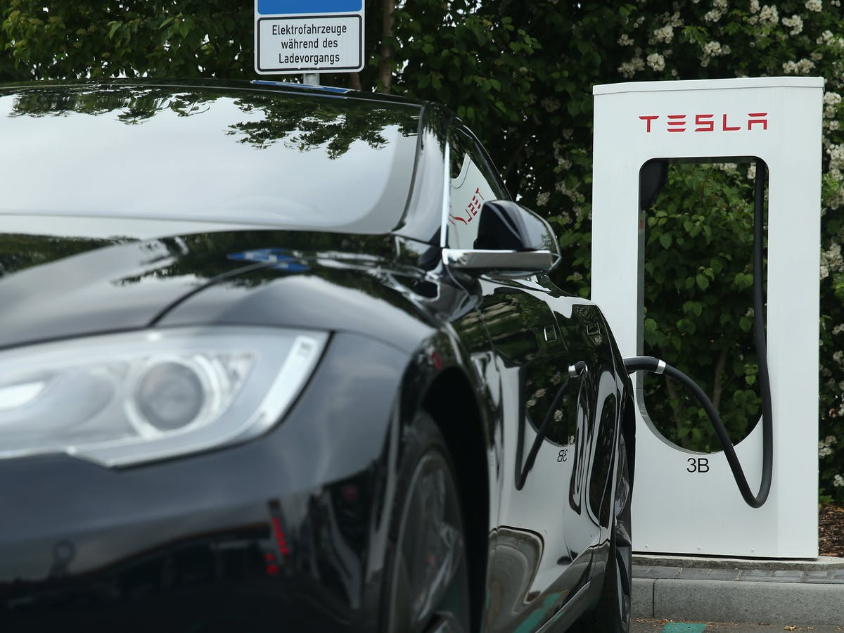 Rieden Germany June 11 A Tesla Electric Ed Sedan Stands At Charging Staiton H Jpeg Rect 136 0 3229 2421 Auto Format Compress W 1200