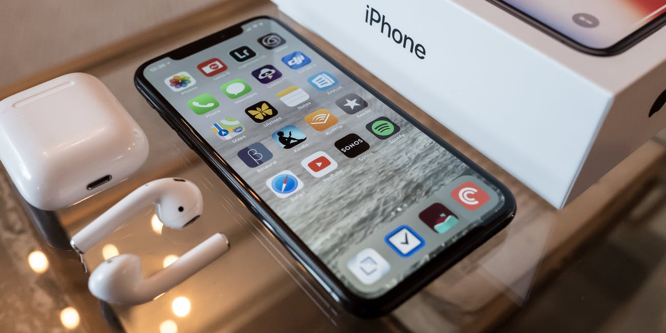 When Can I Pre-Order iPhone XS? New Apple Device Likely to ...
