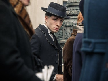 Credence Isn't Voldemort's Dad But He Could Be Snape's Grandpa