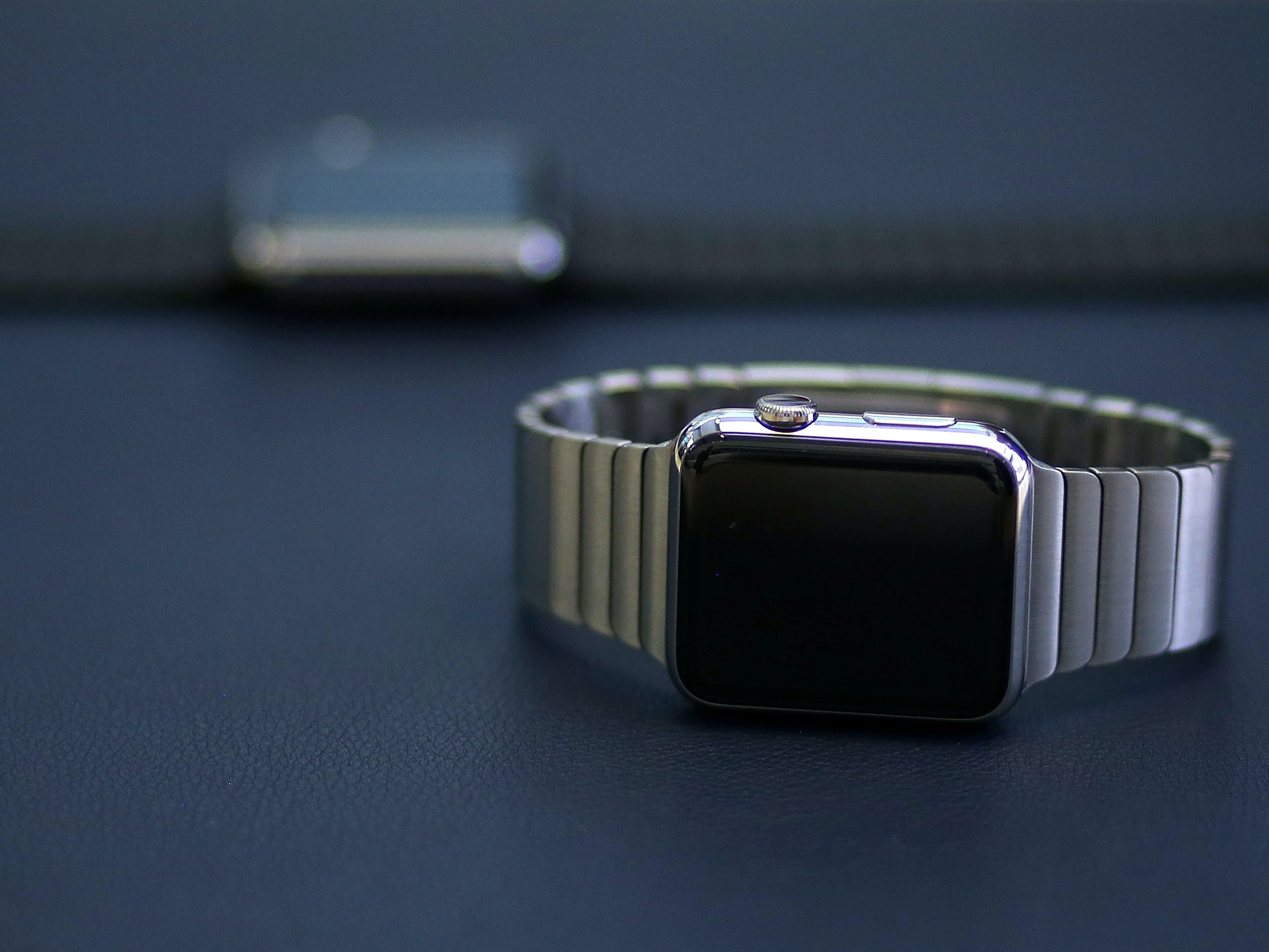 What Data Sleeps in Your Smartwatch?