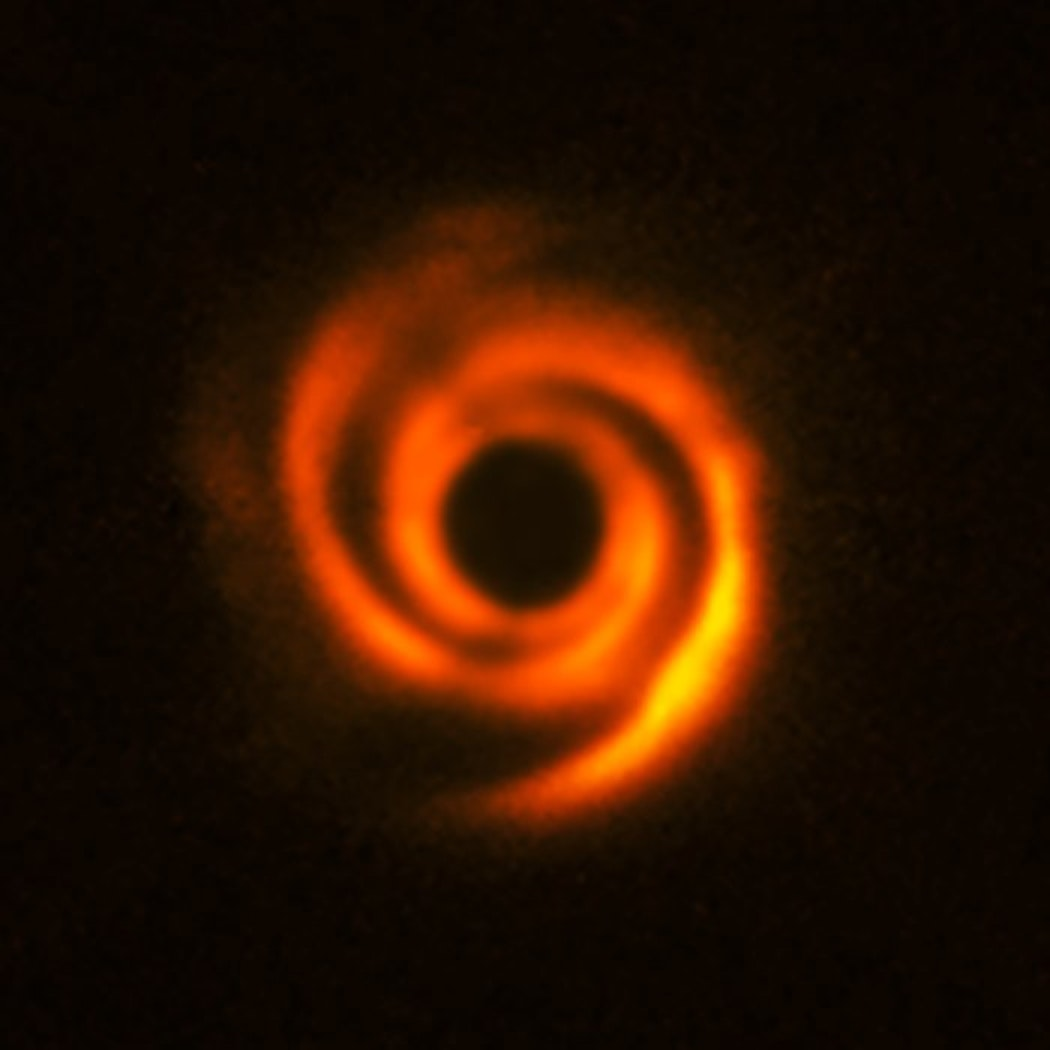Arm-like spiral structures on the disk around star HD 135344B.