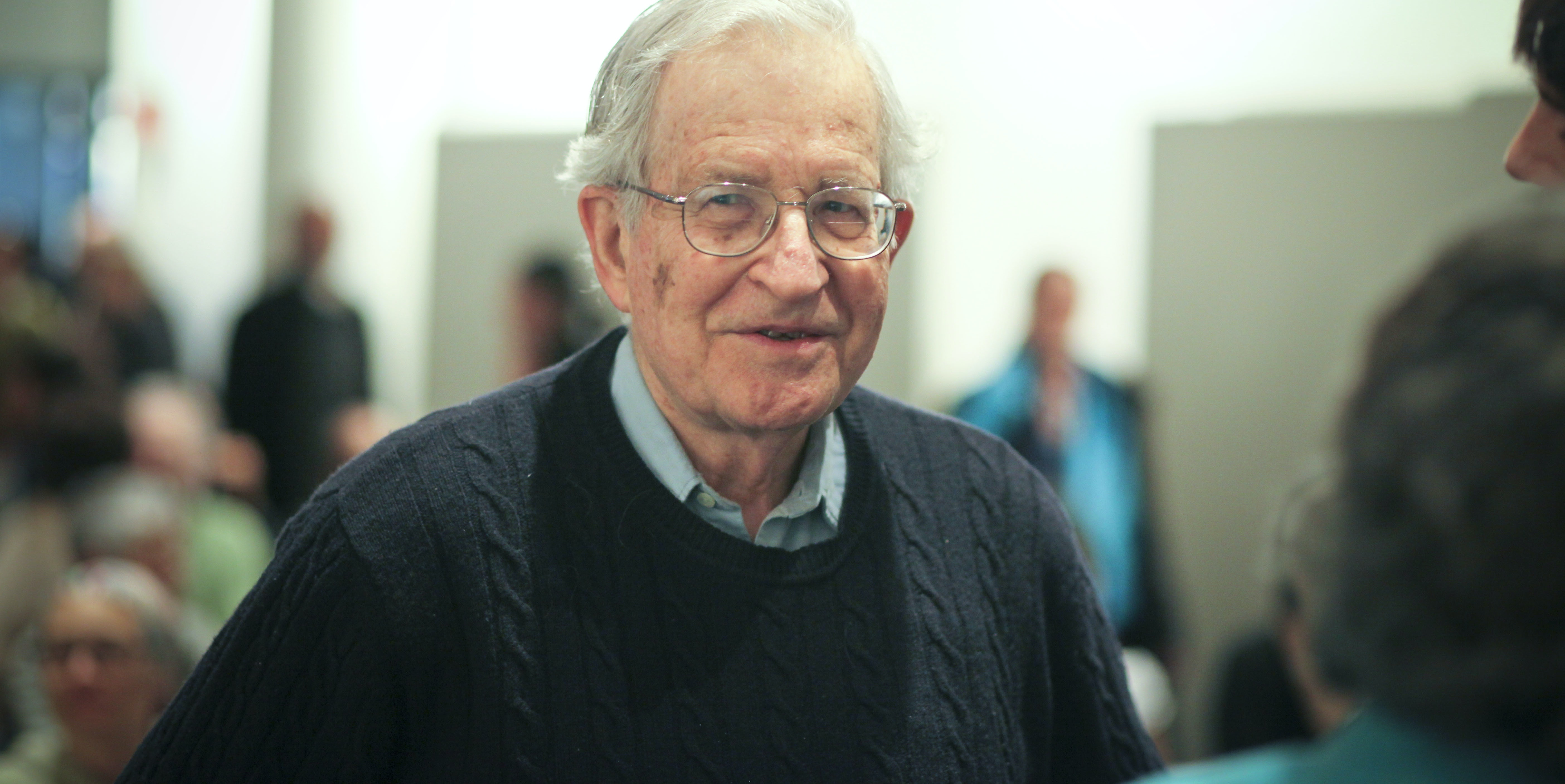 """Facebook Mind-Reading is """"Beyond Science Fiction"""", Says Noam Chomsky"""