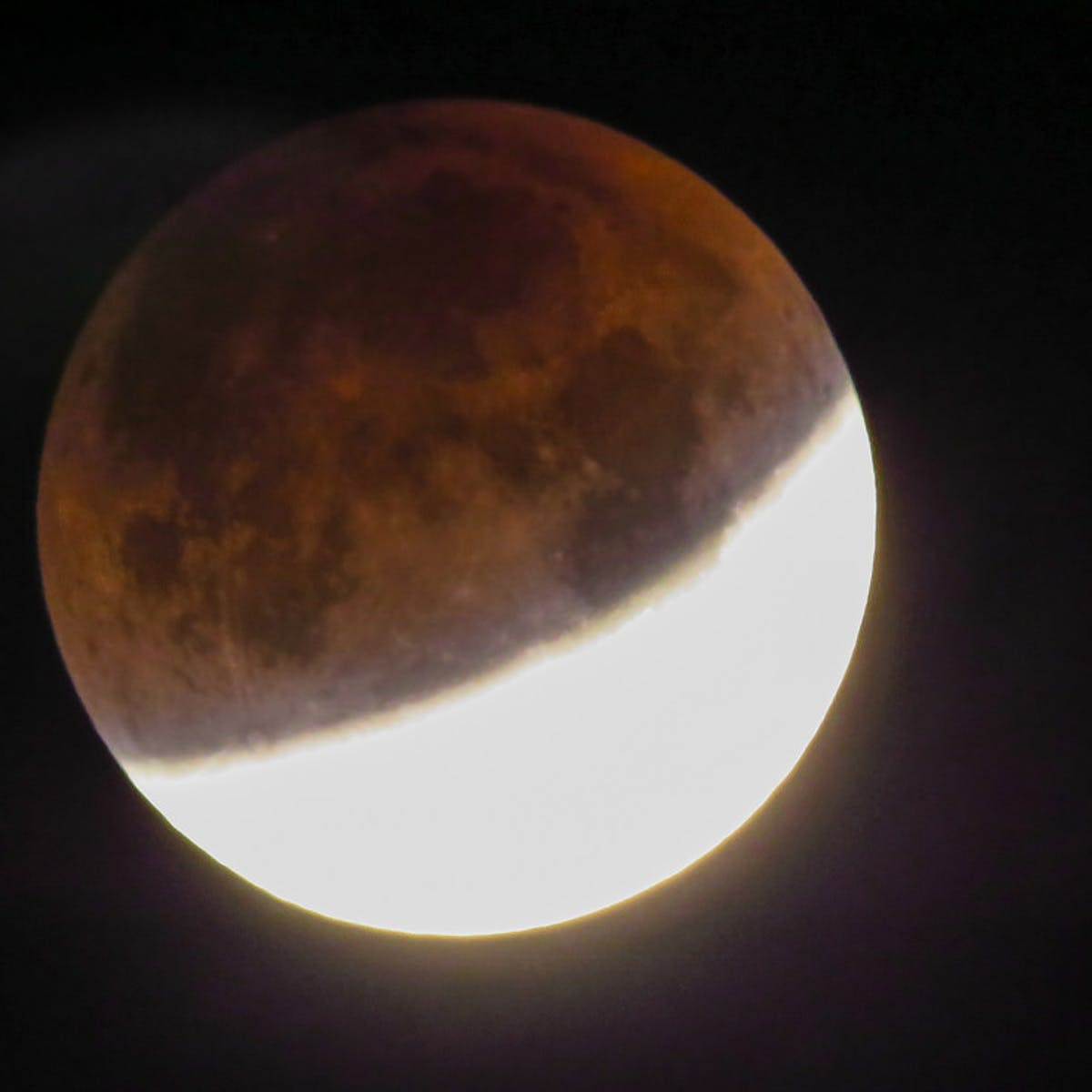Total Lunar Eclipse: Here's the Next Chance to See the Celestial Event