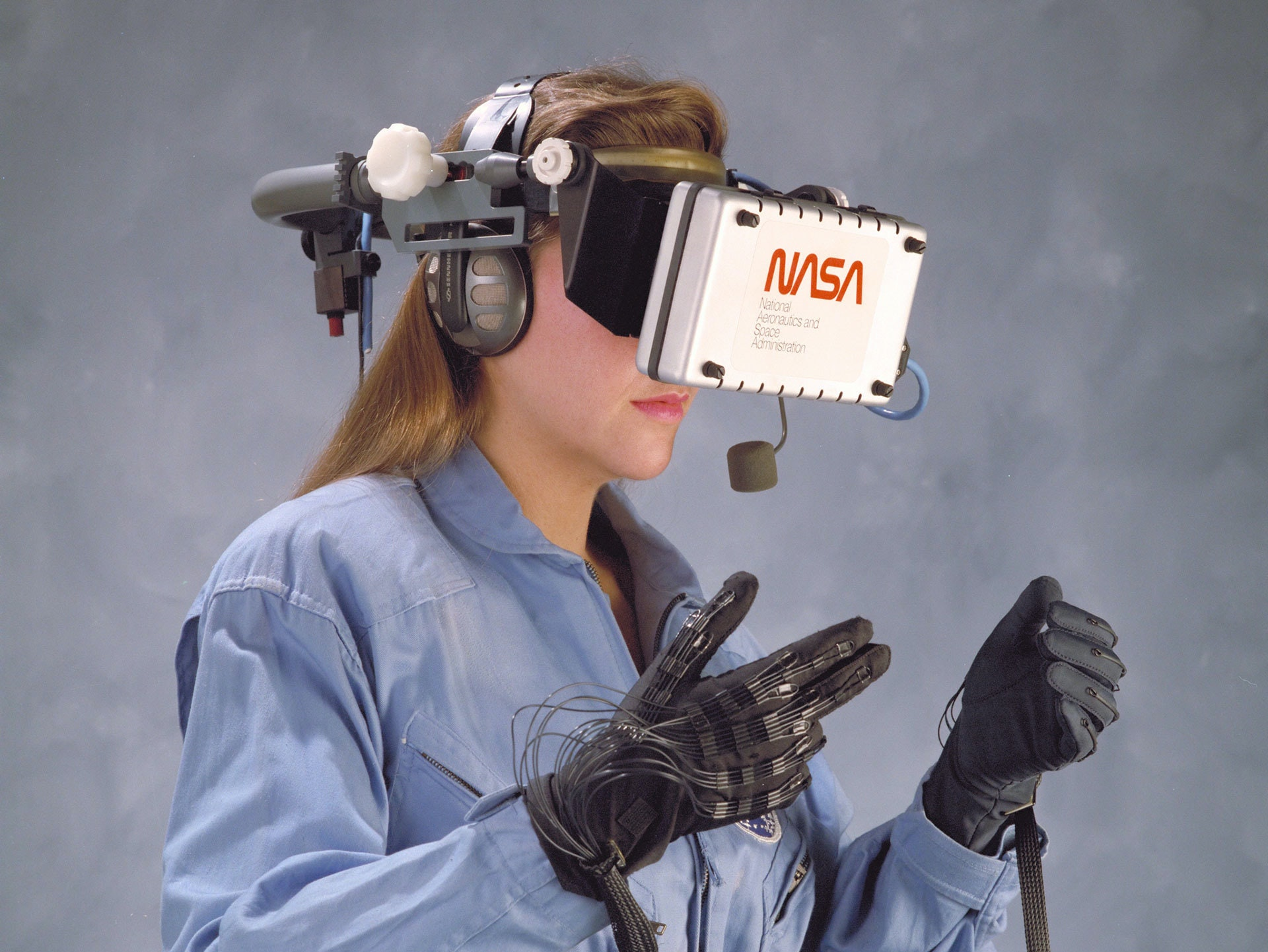 """NASA: Virtual Reality Will Be a """"Standard Tool"""" in 10 Years"""