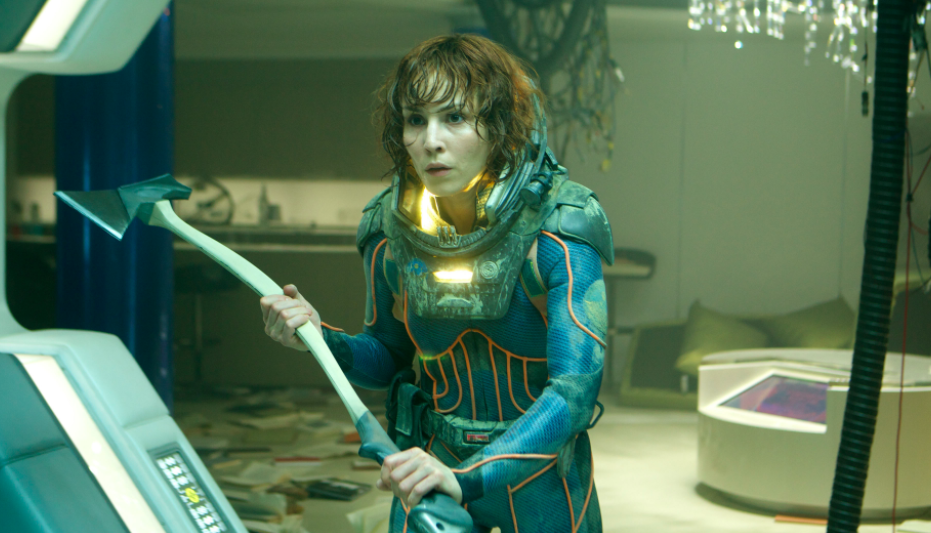 Noomi Rapace as Shaw in 'Prometheus' with an axe.
