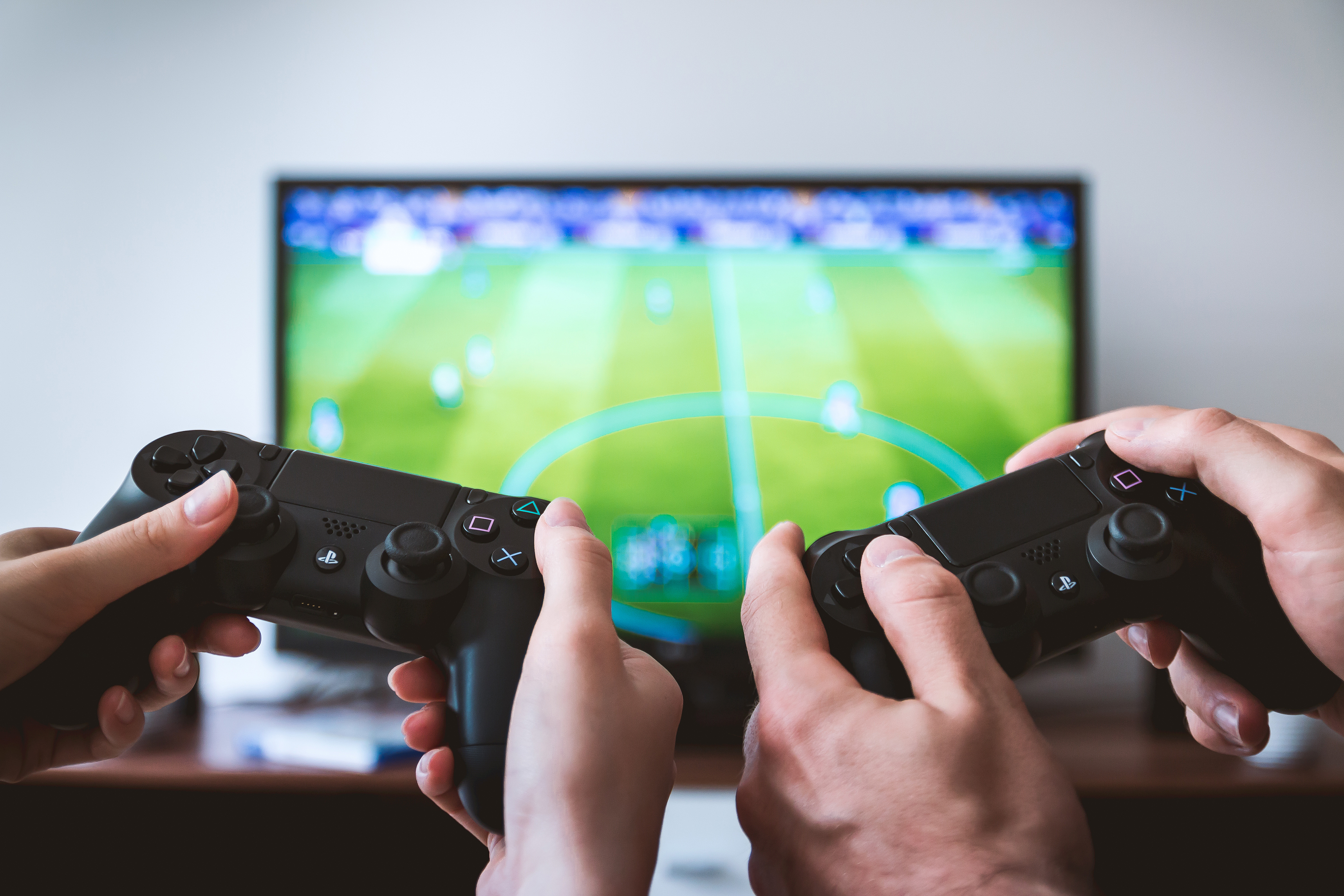 Retro Gaming Is So Popular Because of This Psychological Reason
