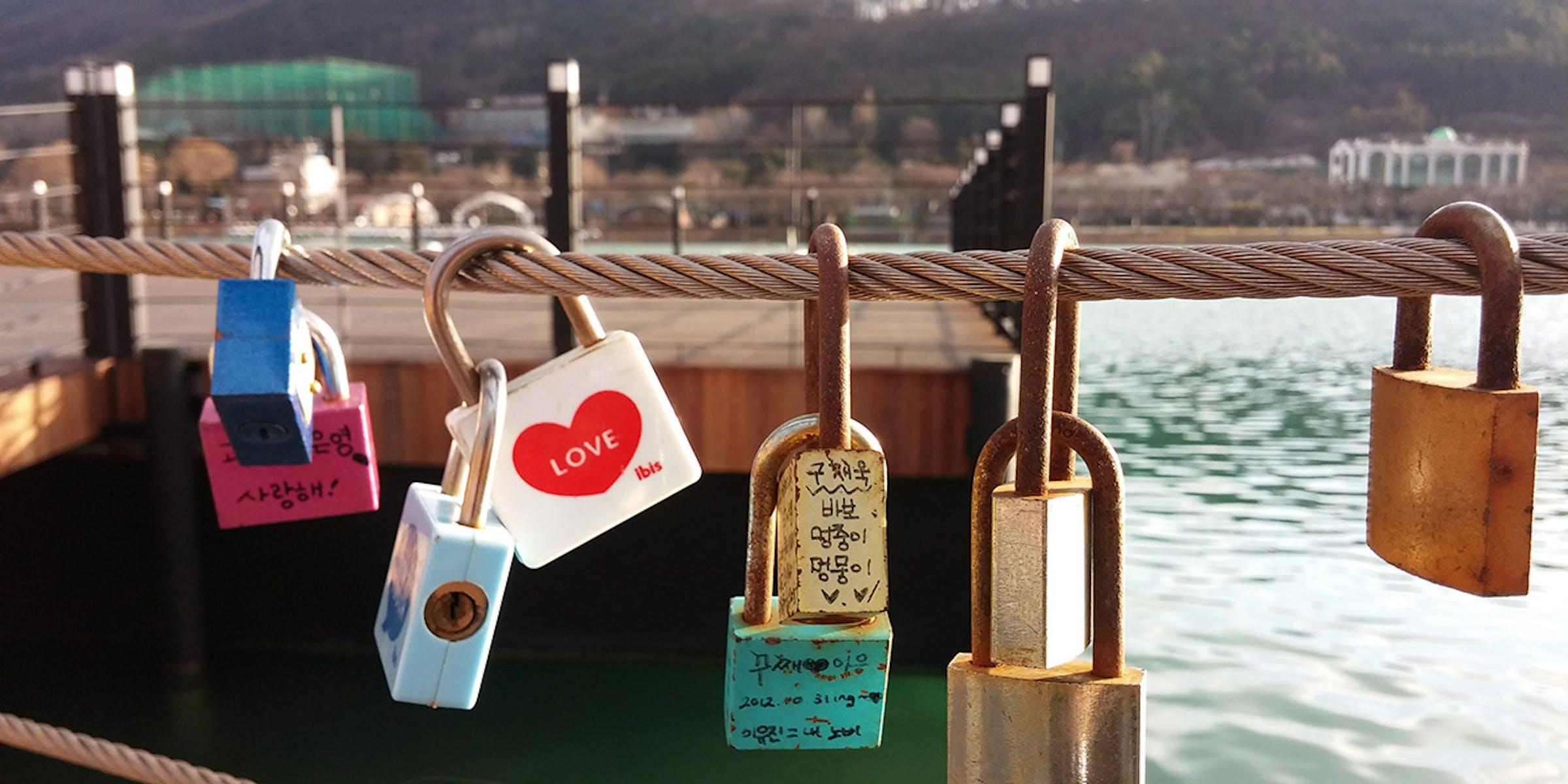 love locks South Korea