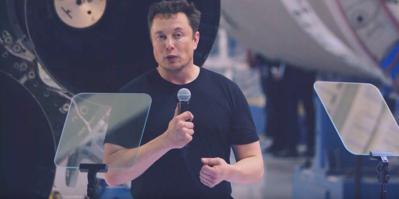 Elon Musk at the Yusaku Maezawa conference