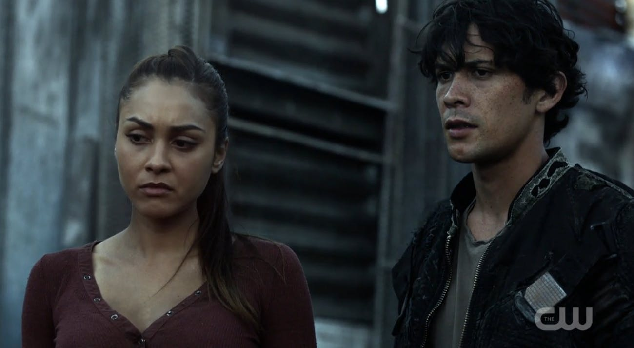"Lindsey Morgan and Bob Morley in ""The 100"""