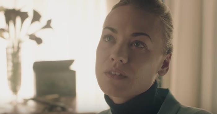 Yvonne Strahovski in 'The Handmaid's Tale'
