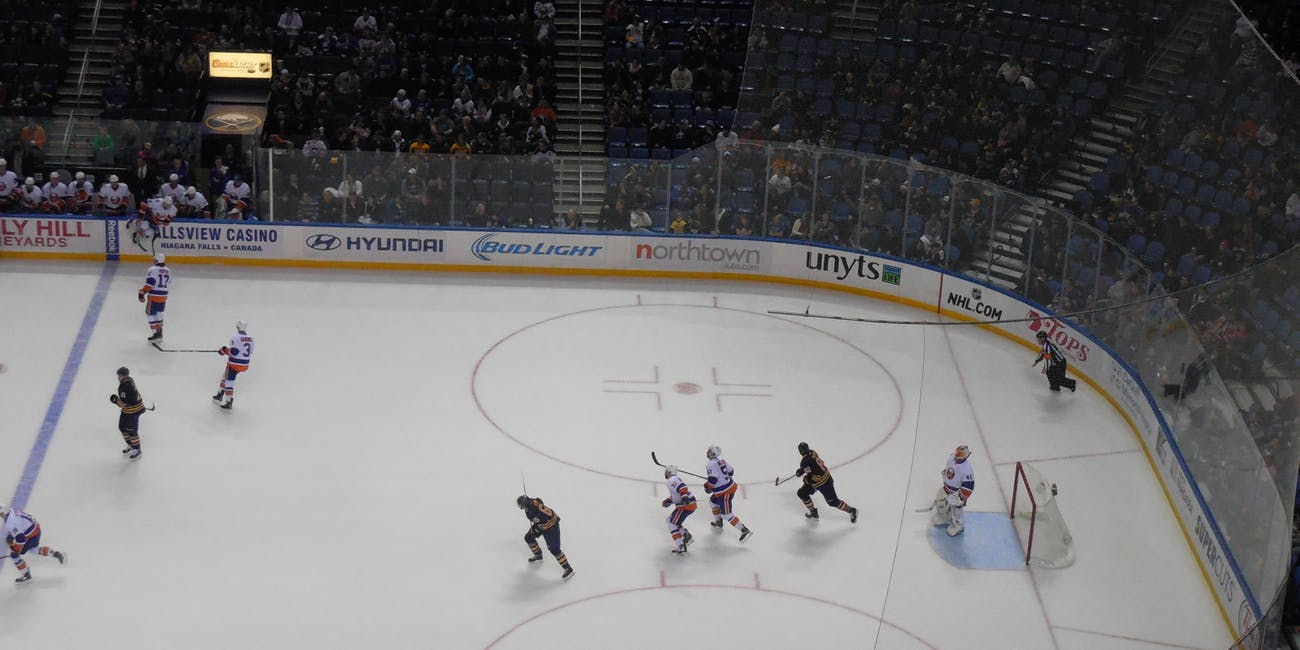 New York Islanders vs. Buffalo Sabres - February 8, 2015