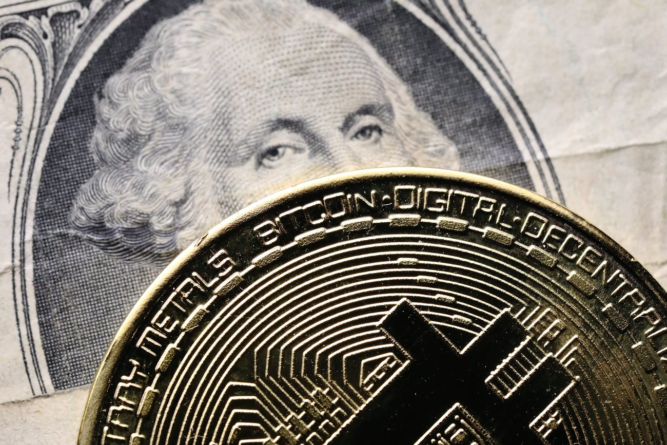 Bitcoin vs U.S. dollar: how long can the rally last?