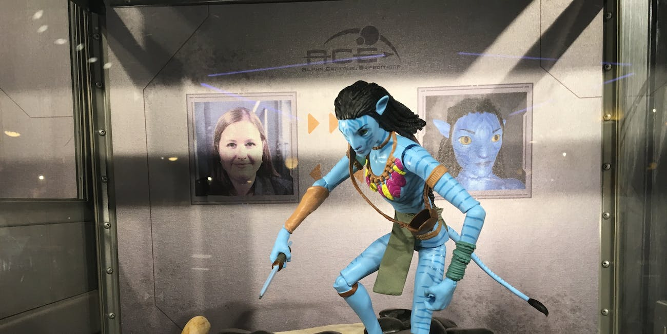 Disney World's Avatar Maker Turns Guests Into a Na'vi | Inverse