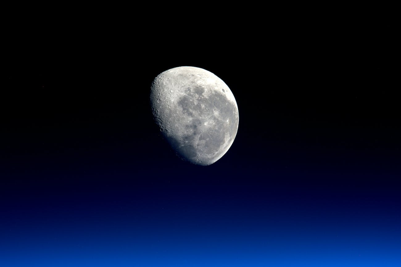 The moon: a good source of Helium-3.